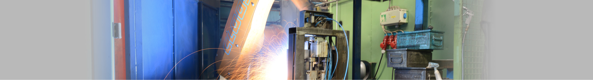 Welding and grinding shop